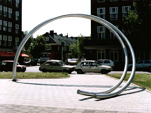 Durrer monument - Amsterdam and the sculpture of Lucien den Arend