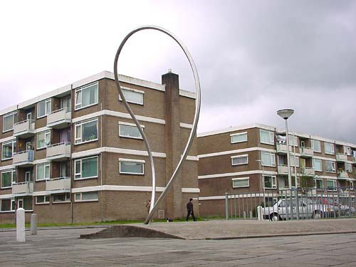 Capelle aan den IJssel Holland - sculptures (site specific and public sculpture) in cities in Europe and America by Lucien den Arend - his site specific sculptures ordered by the city of Capelle aan den IJssel