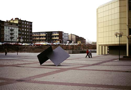 Ludwigshafen Wilhelm Hack Museum - and the sculpture of Lucien den Arend - concrete art and geometric abstraction