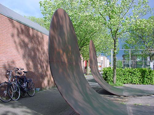 Utrecht Holland - sculptures (site specific and public sculpture) in cities in Europe and America by Lucien den Arend - his site specific sculptures ordered by the city of Utrecht