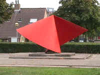 Zwijndrecht Holland - sculptures (site specific and public sculpture) in cities in Europe and America by Lucien den Arend - Walburg Project - discoid form - Gemini Tango - Volgerlanden